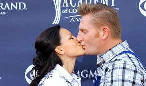 It's going to be a difficult Valentine's Day for Joey + Rory, but they are going to make the best of it by having a very special time together.