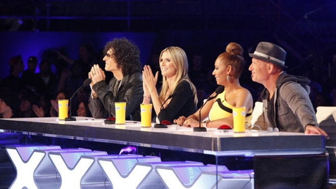 america s got talent judges left to right howard stern heidi klum mel