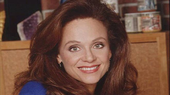Valerie Harper AP Graphics Bank.jpg