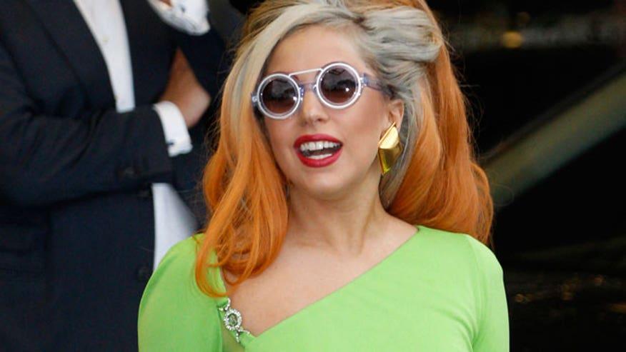 Lady Gaga AP 660