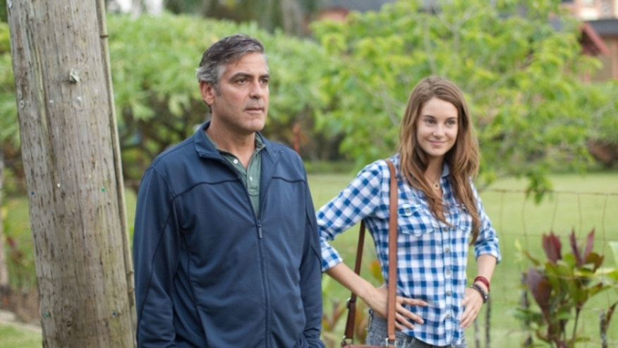 Clooney Woodley Descendants 640