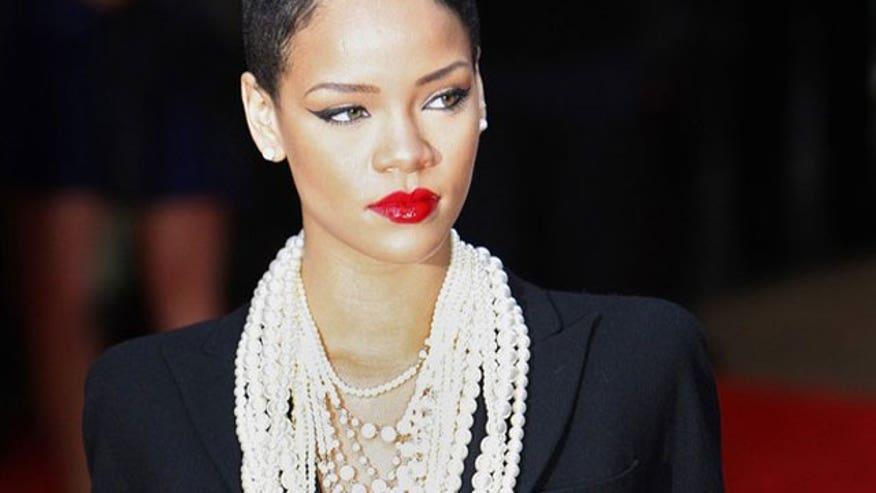 Rihanna640