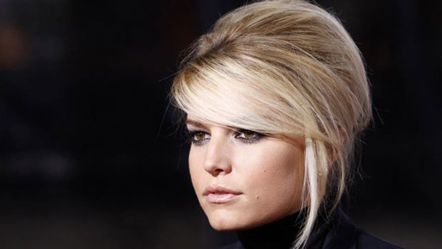 Jessica Simpson Head Shot