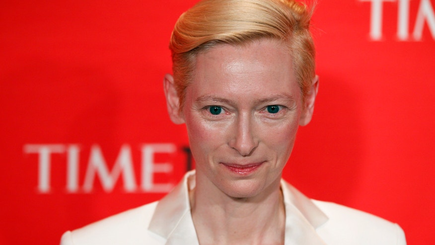 Tilda Swinton Reuters 2012.JPG