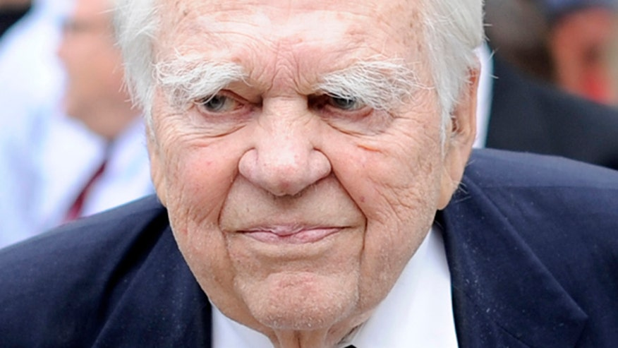http://a57.foxnews.com/global.fncstatic.com/static/managed/img/Entertainment/876/493/andy_rooney.jpg?ve=1&tl=1