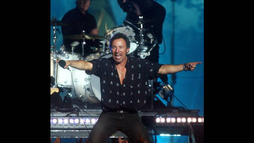 bruce springsteen and the e street band ap.jpg