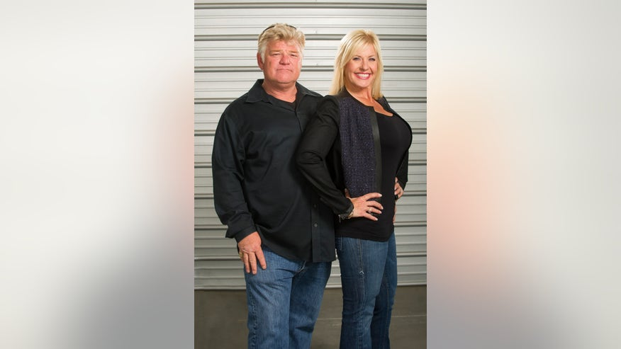 dan and laura dotson storage wars ae.jpg