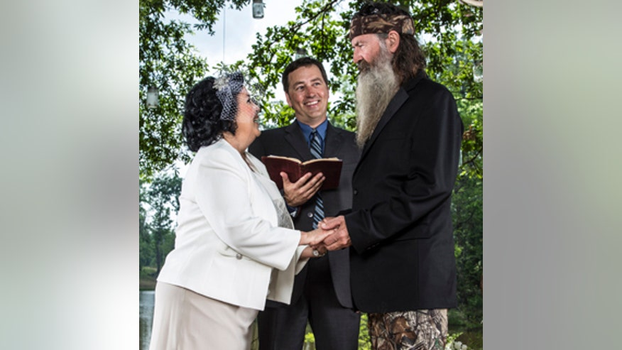 duck-dynasty-wedding phil miss kay.jpg