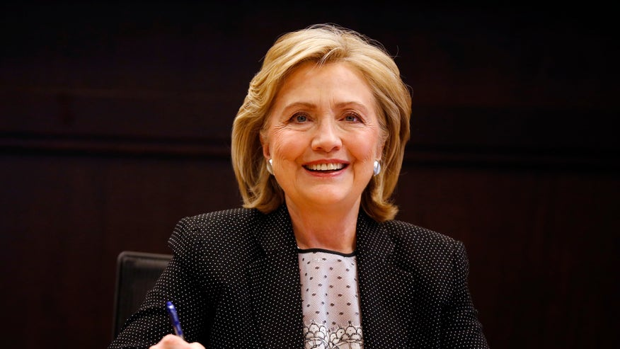 hillary clinton reuters 660 smiling.jpg