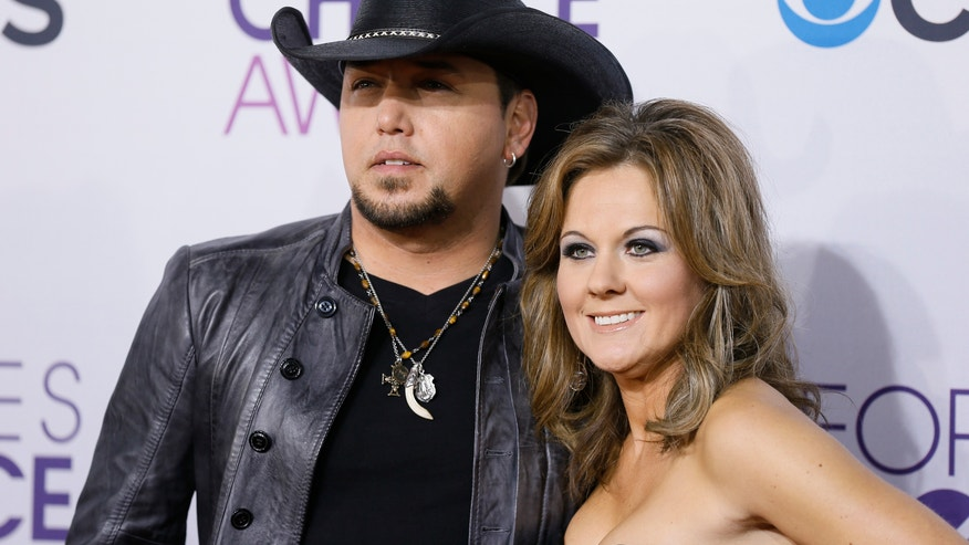 jason aldean and wife reuters 660.JPG