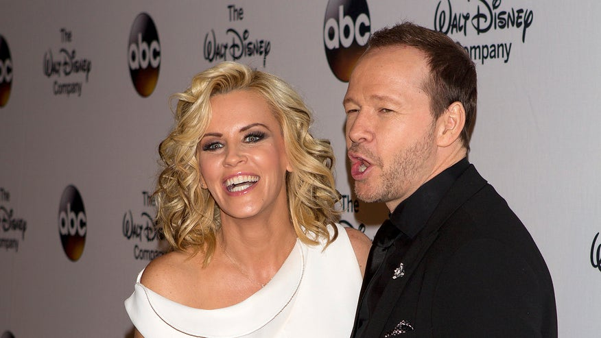 jenny mccarthy and donnie reuters.jpg