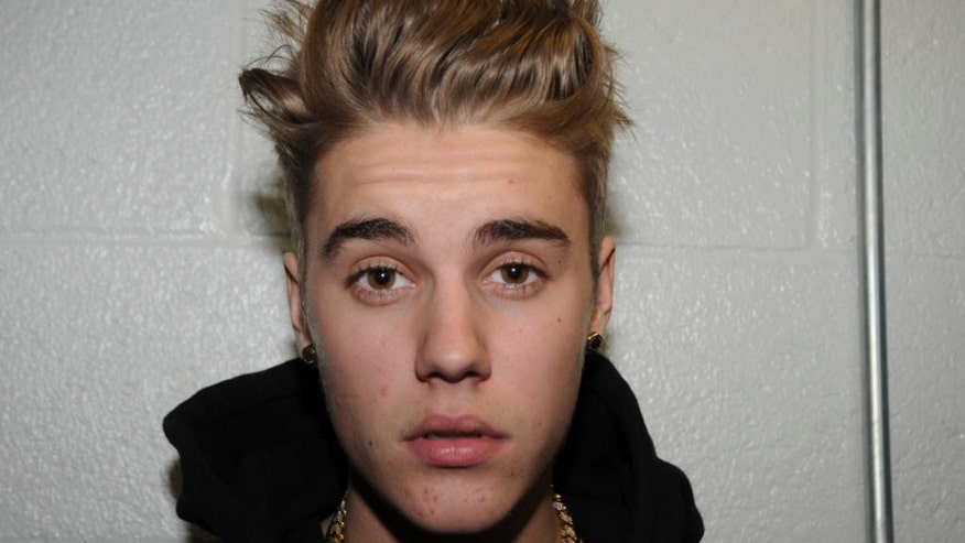 justin bieber with pimples reuters.jpg