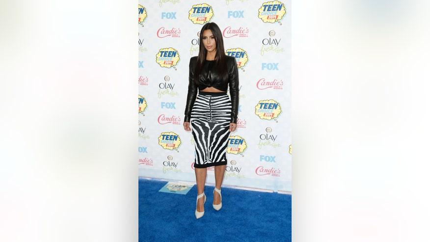 Latest Nude Photo Leak Targets Kim Kardashian, Vanessa