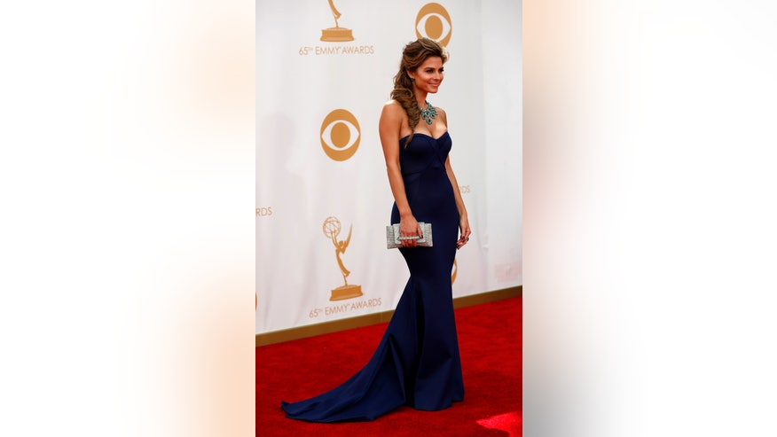 maria menounos in strapless gown reuters.jpg