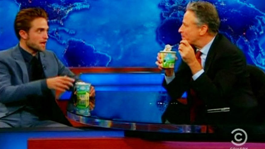 pattinson-jon-stewart-daily-show-ice-
