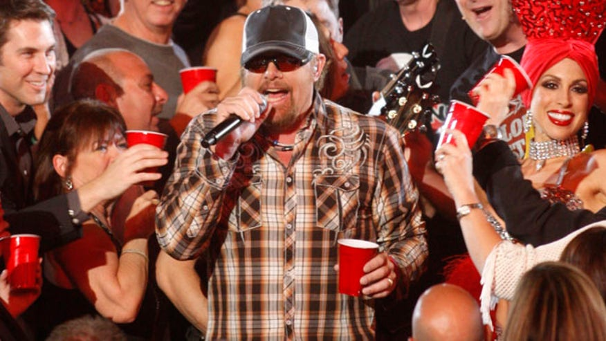 Toby Keith Wife And Kids Toby keith singing 660