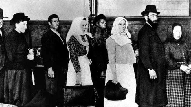 ELLIS ISLAND IMMIGRANTS.jpg