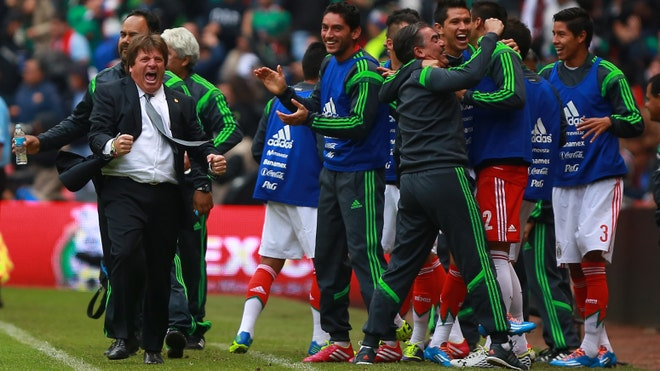 mexico coach dance.jpg