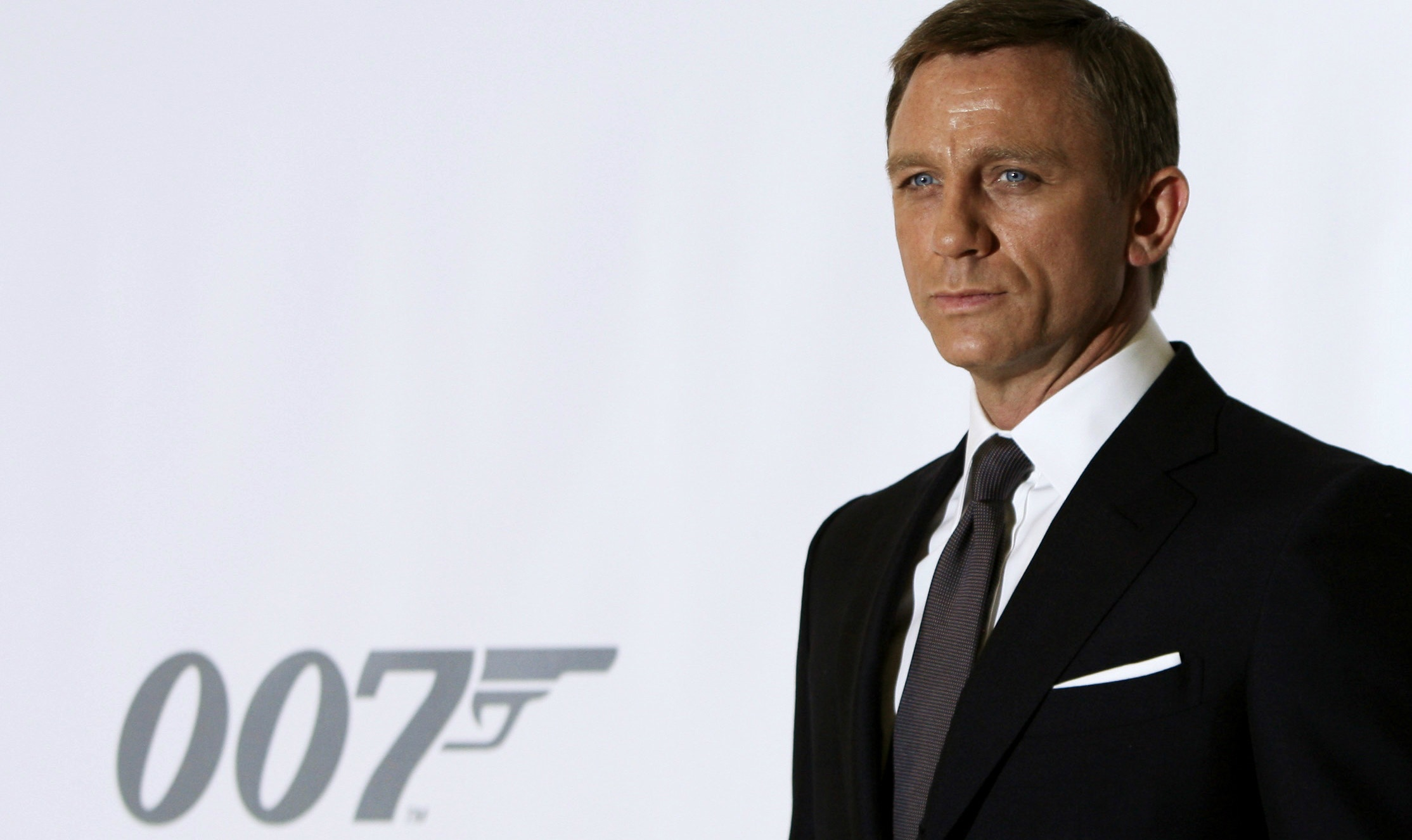 James Bond would be an impotent alcoholic, medical journal claims ...