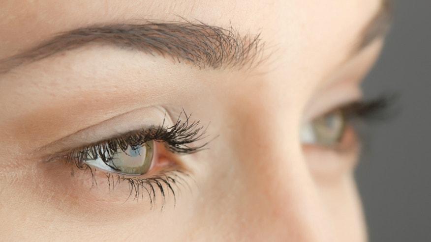 Eyebrows and eyes_istock.jpg