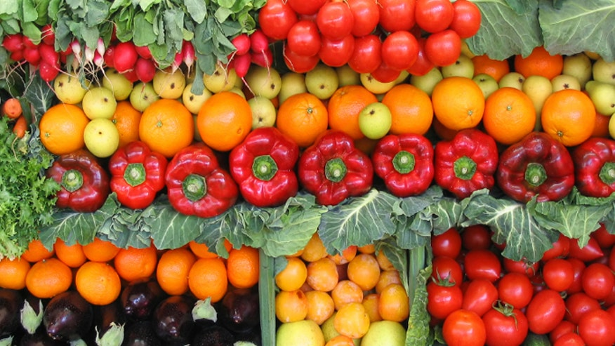 Fruit Vegetables Pictures Fruits And Vegetables Istock