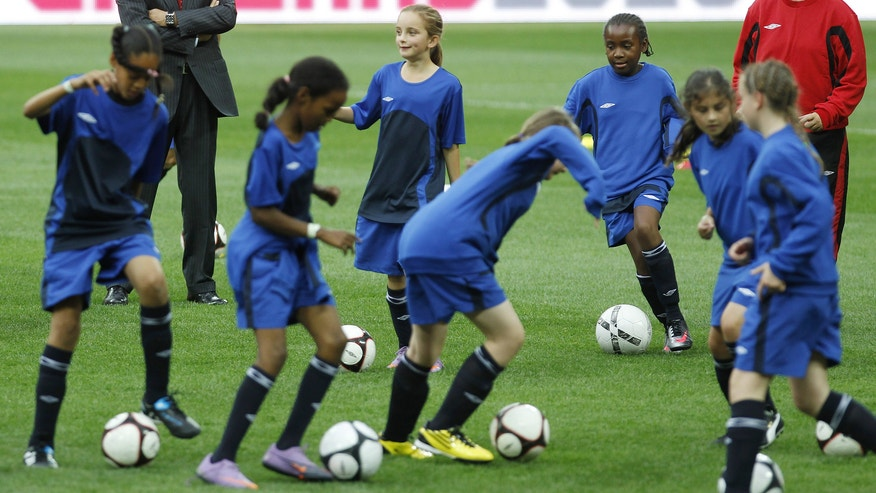 Young girl soccer players_Reuters.jpg