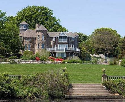 Bela  Rhode Island
