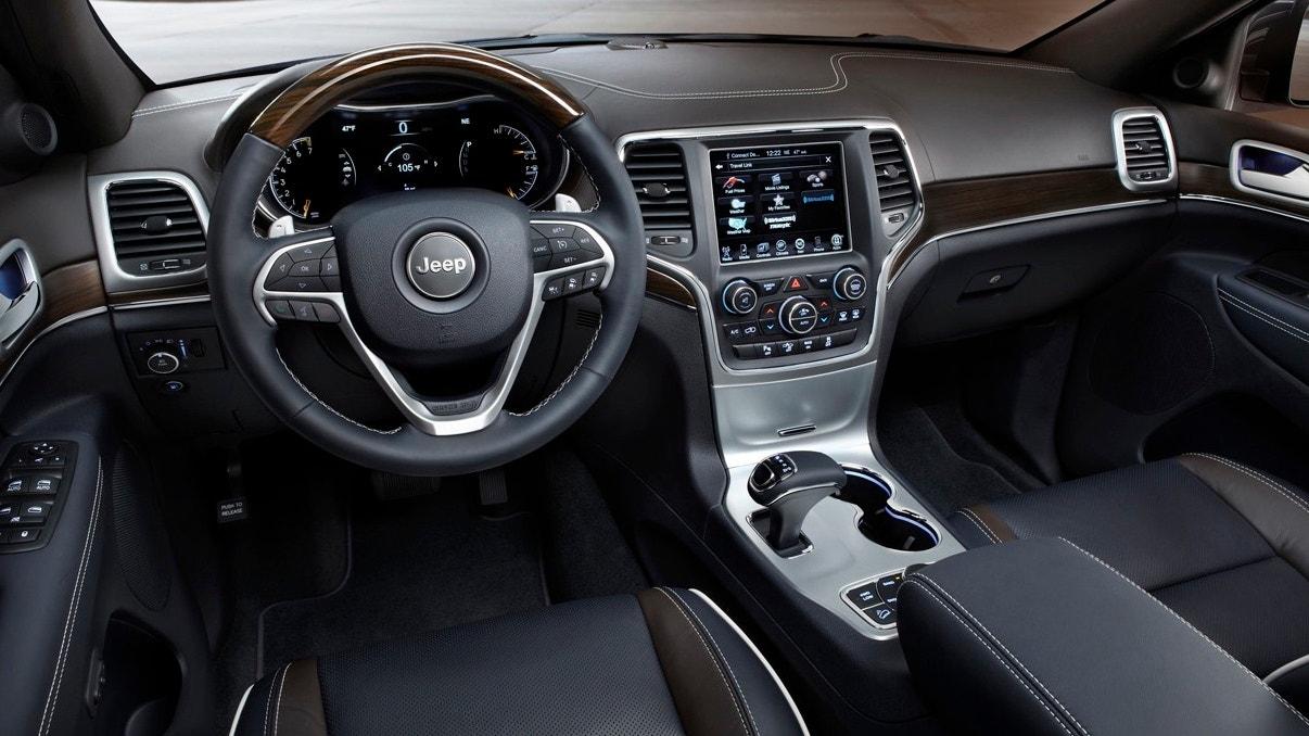 jeep interior 660.JPG