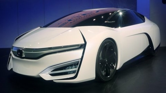 LOS ANGELES U2013 Honda Has Been In The Hydrogen Car Game For Over A Decade,  And While Its Latest Effort Looks Like It Comes From The Far Future, ...