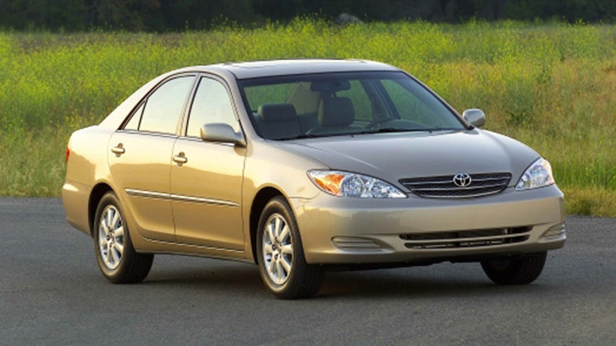 2002-camry-old-cars-660.jpg