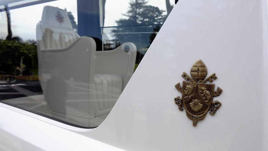 Pope-car-2-660.jpg