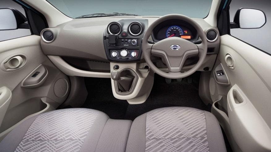 datsun-go-interior-launch-660.jpg