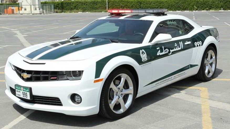 dubai-police-camaro-660.jpg