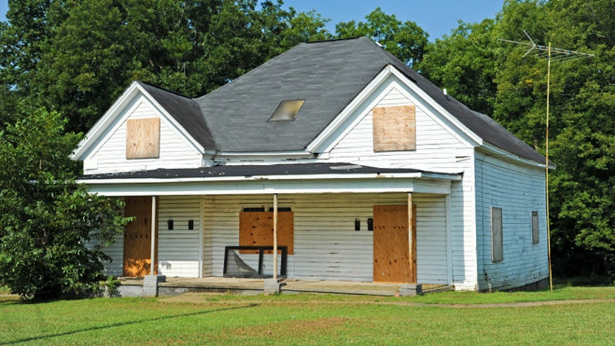 So you want to buy a fixer upper fox news - Buying a fixer upper ...