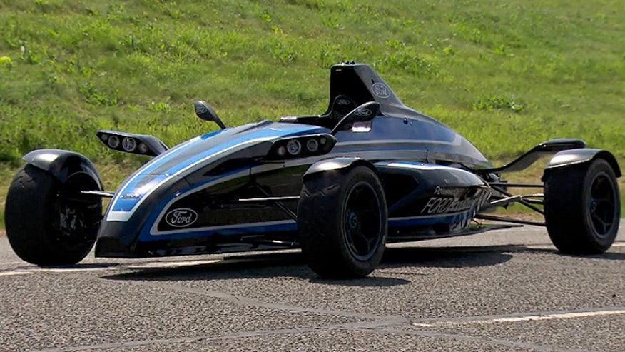 fordracer660.jpg