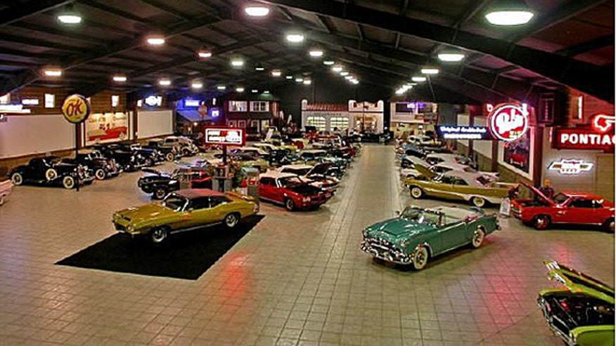 collector car garage ideas - 7 Dream Homes for Car Collectors