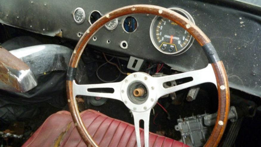 gilmour-jag-interior-660.jpg