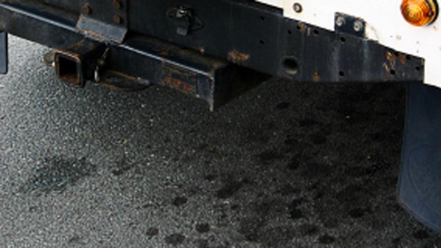 leakycar660.jpg