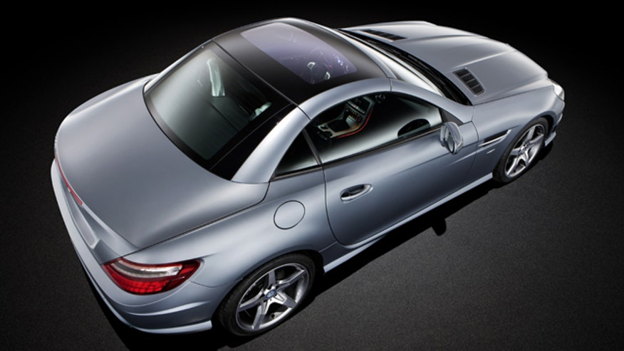 Mercedes SLK Magic Sky Control