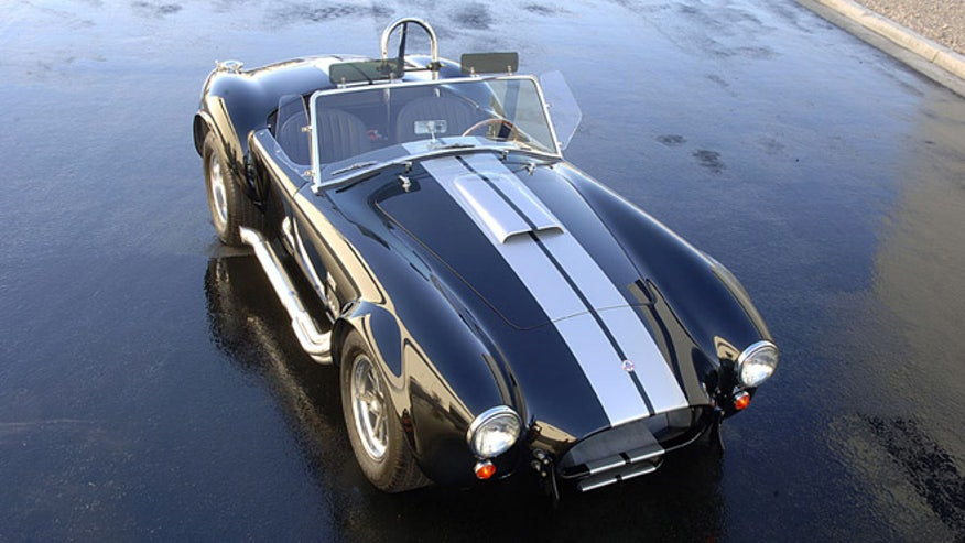 shelby-cobra-macho-660.jpg