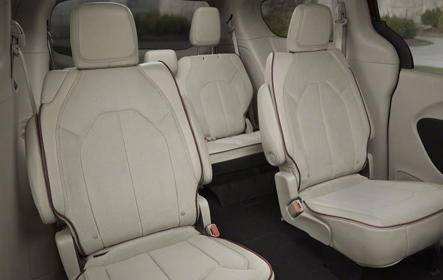 chry-pacifica-seats-876.jpg