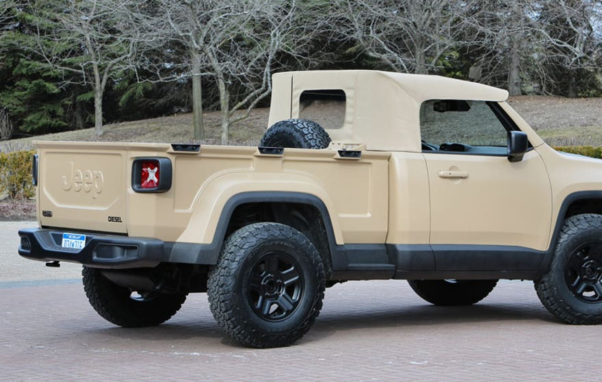 renegade-comanche-rear.jpg