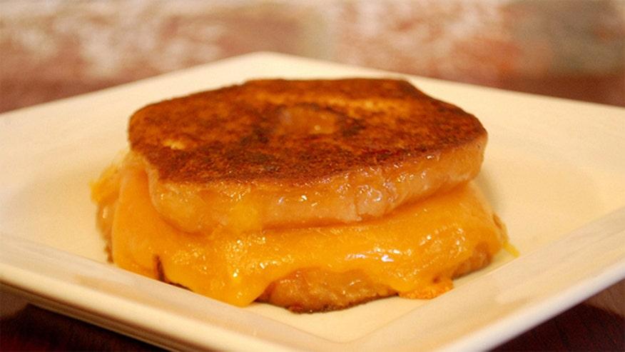 sandwich_grilleddonut.jpg