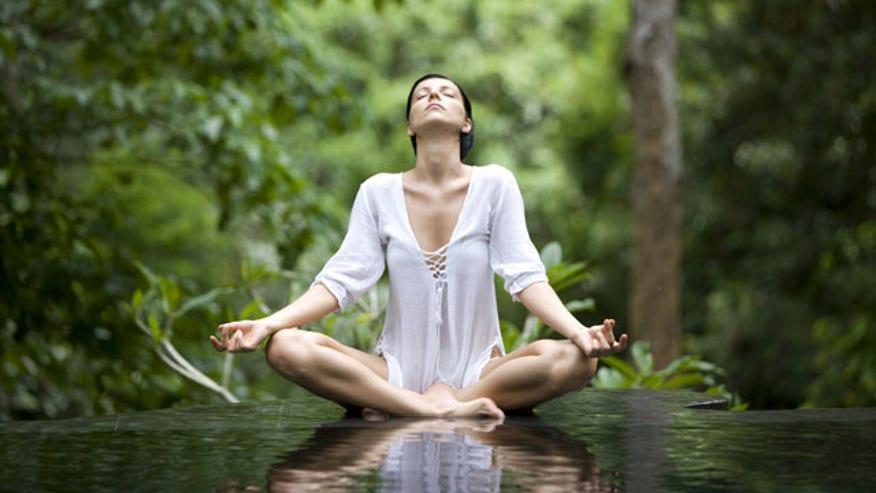 yoga-pose-istock_000005213985xlarge-2.jpg