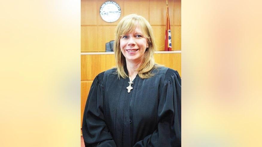 450-Judge-Statom.jpg