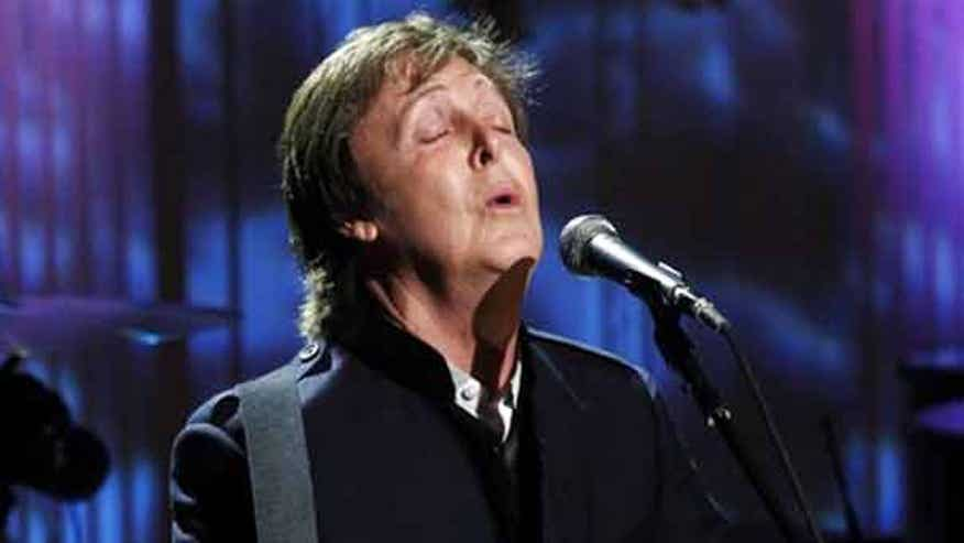 Paul McCartney Serenades the Obamas