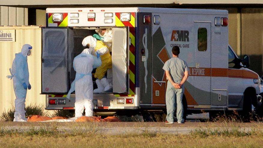Ebola_transport_AP_660.jpg