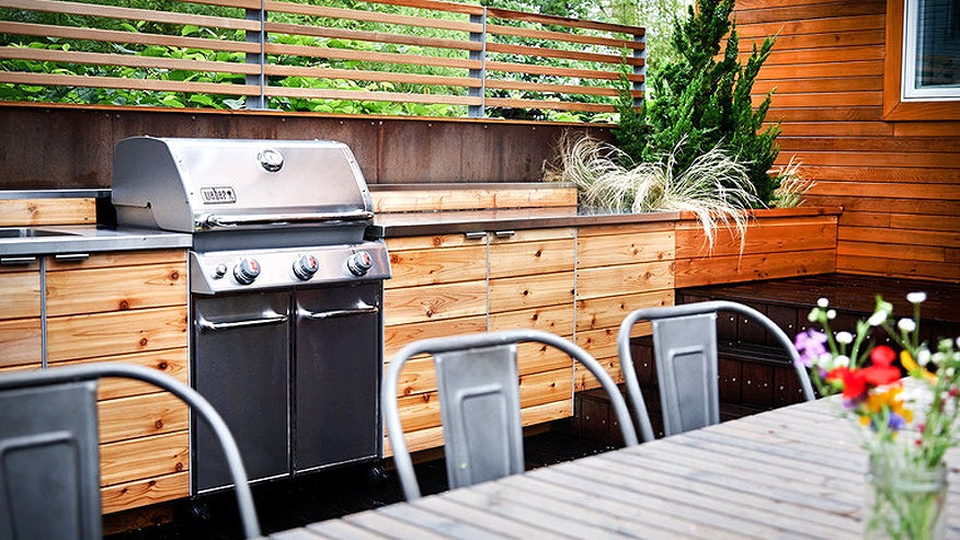 Your grill season checklist fox news for Outdoor kitchen ideas houzz