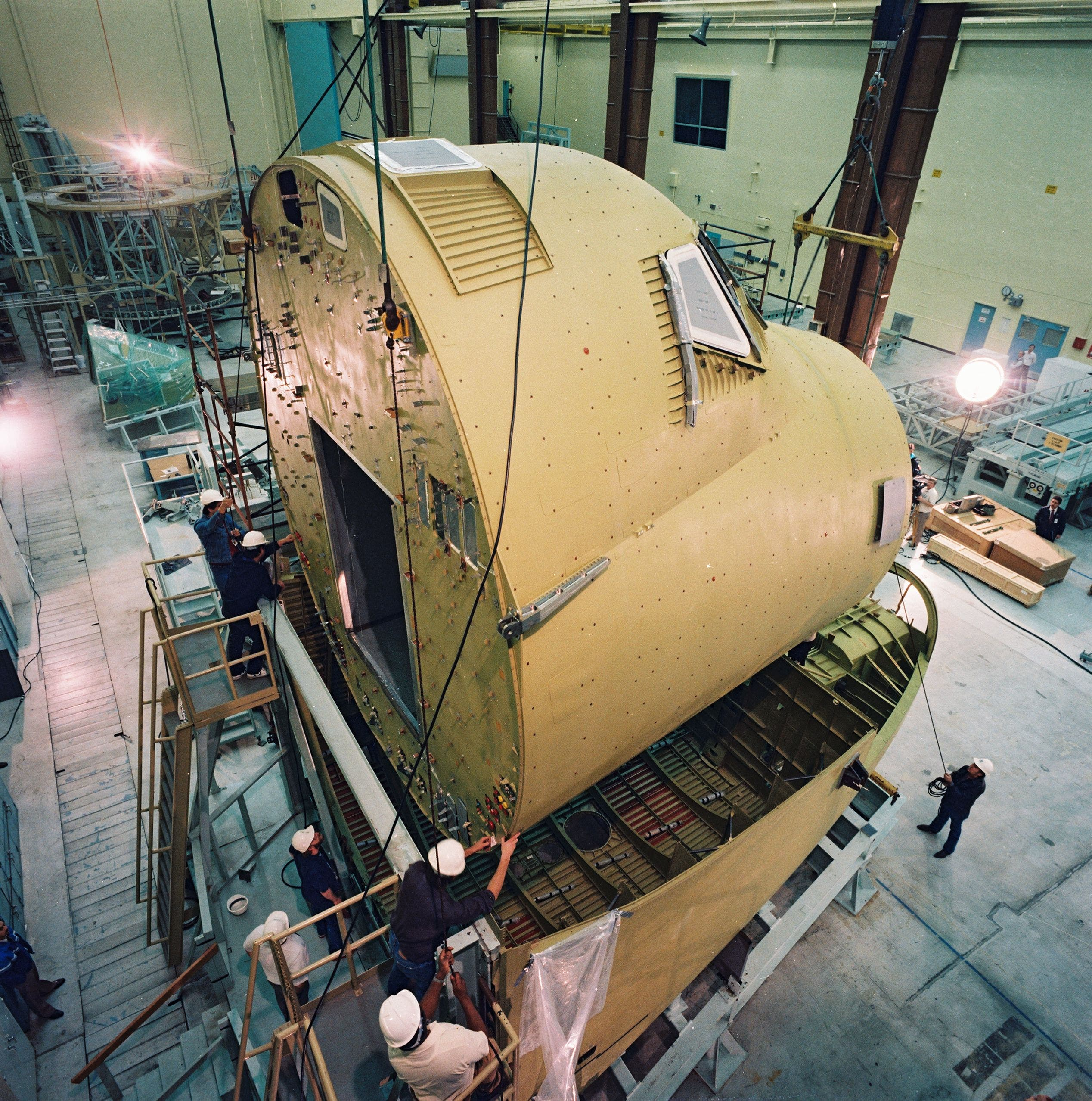 where are space shuttles built - photo #37