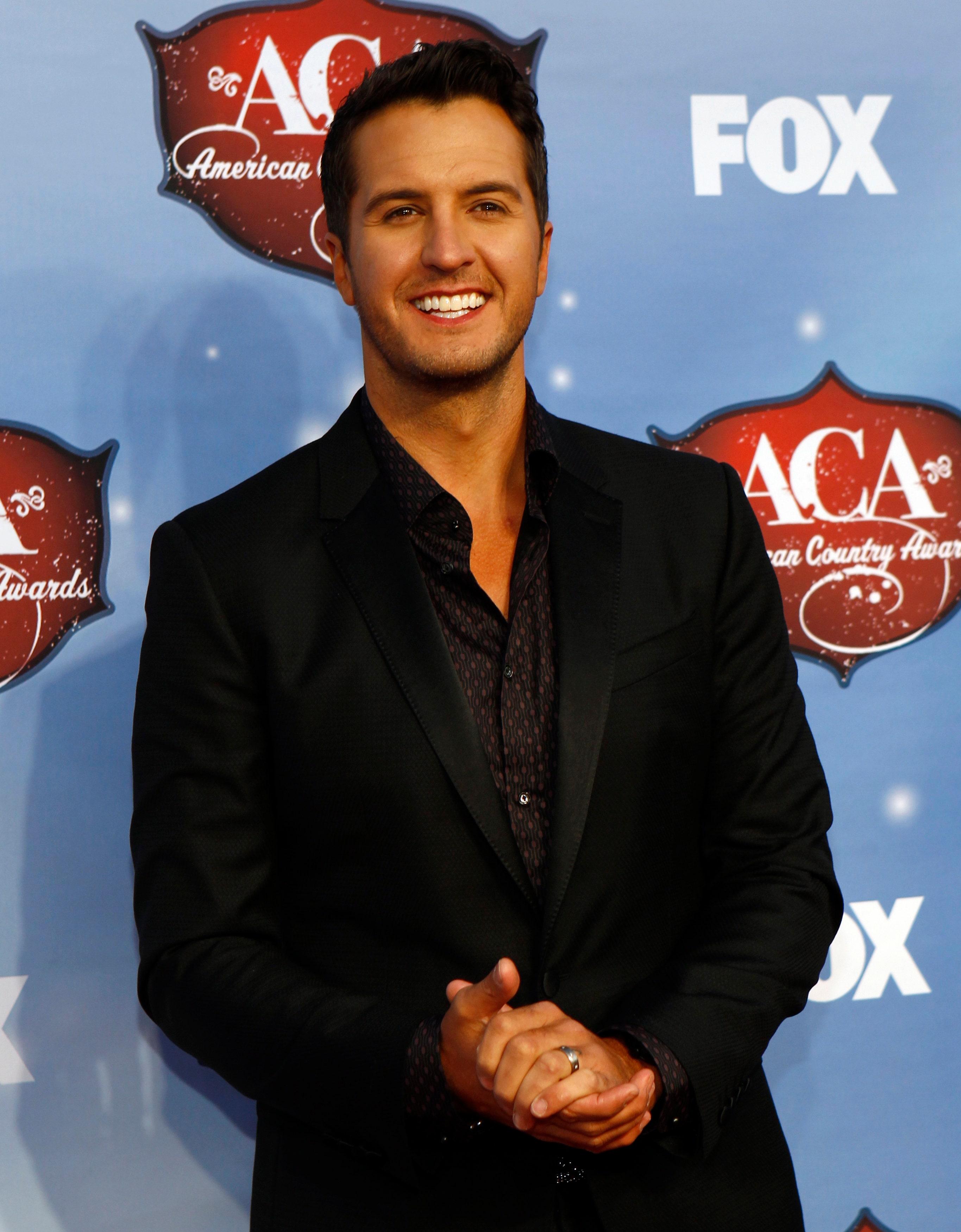 Luke Bryan leads American Country Countdown awards | Fox News  Luke